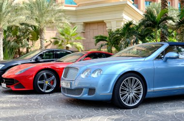 Luxury cars rental